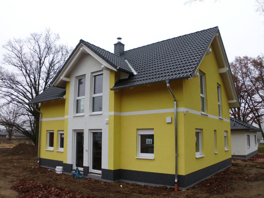 einfamilienhaus_erker_zweifarbig