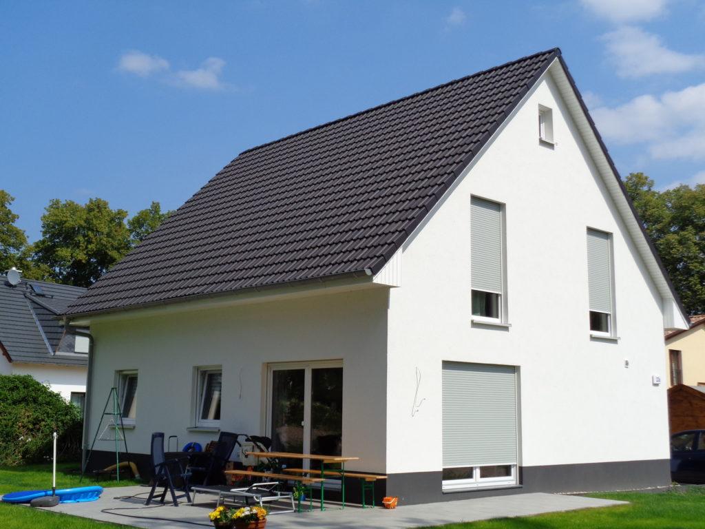 klassisches_einfamilienhaus_massiv
